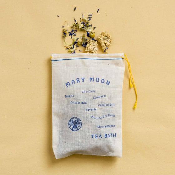 "Image of ""Mary Moon"" Tea Bath"