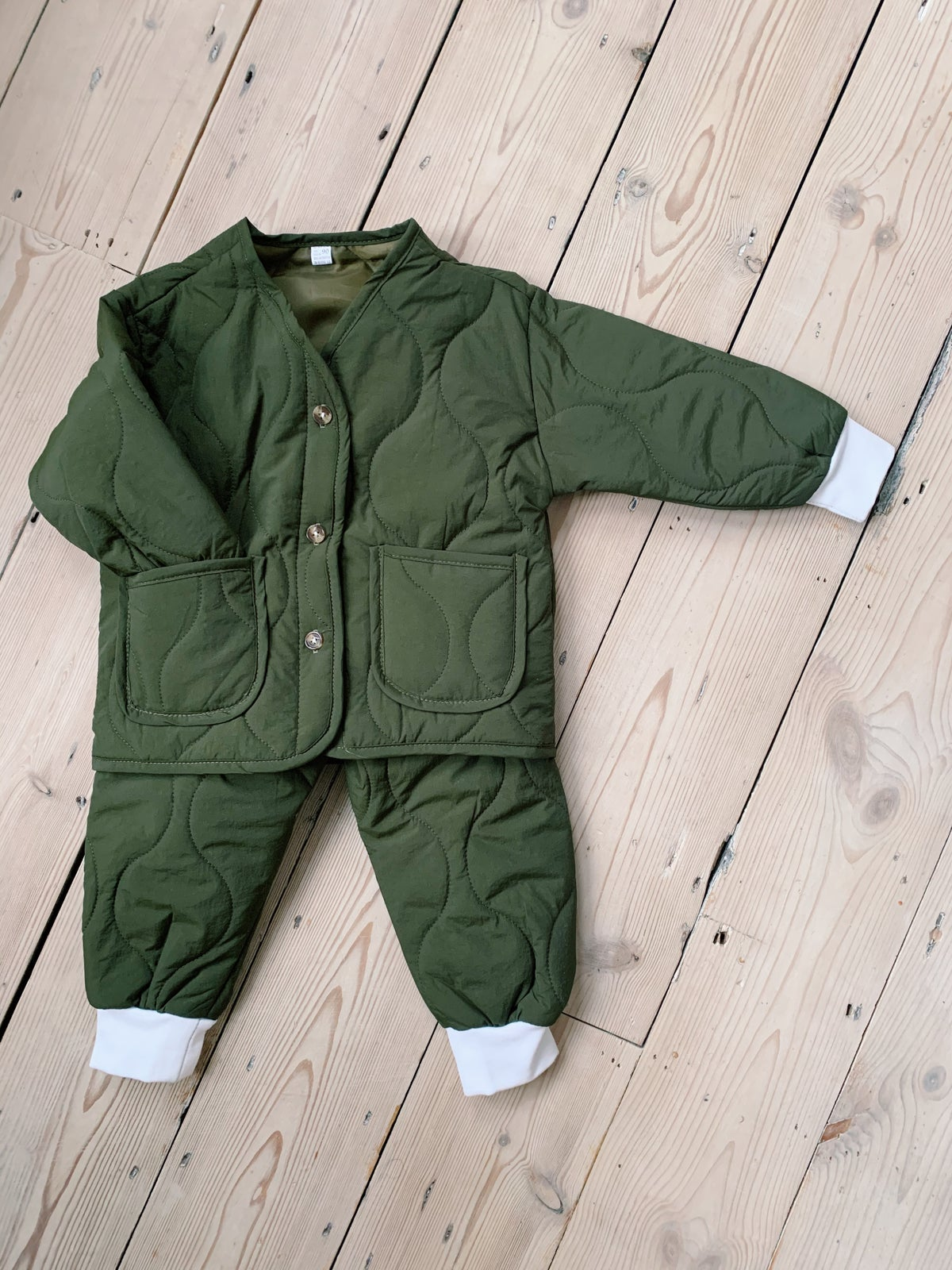 Image of THE MO TRACKSUIT - FOREST GREEN