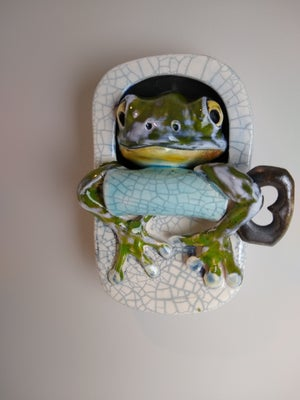 Frog in a tin