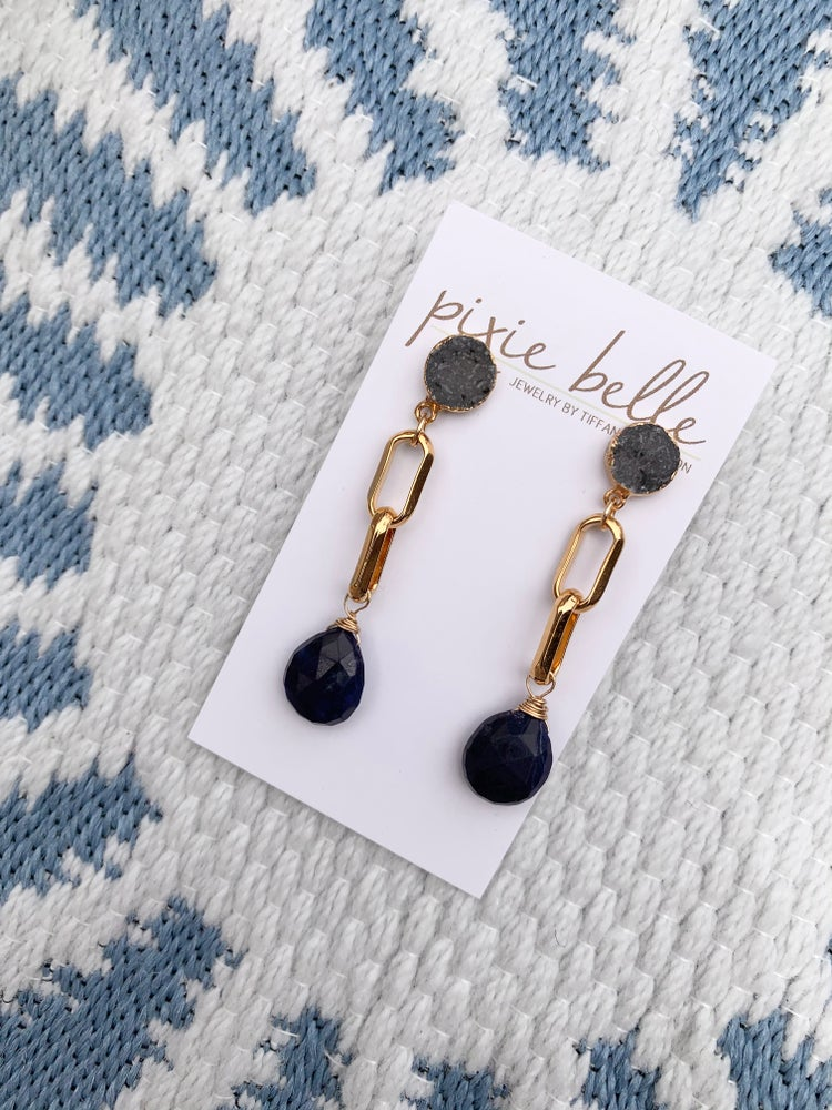 Image of Chain link Lapis Earrings