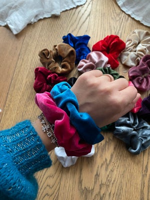 Image of Scrunchies velluto