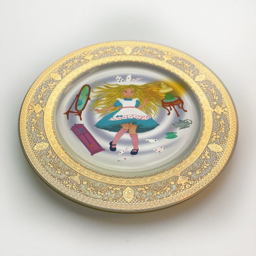 Image of  Alice falling down - Fine China Plate - #0739