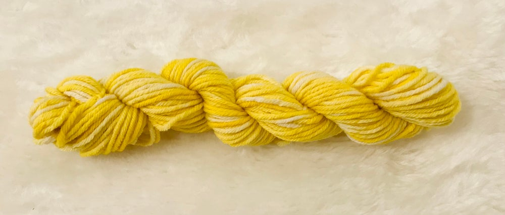 Hand Dyed 8ply Wool Splash and Lemon Delicious