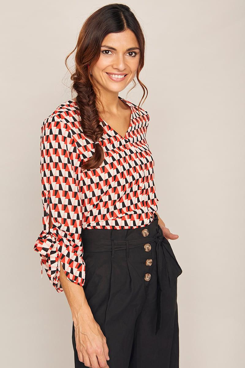 Image of Camisa Fresa rojo geo