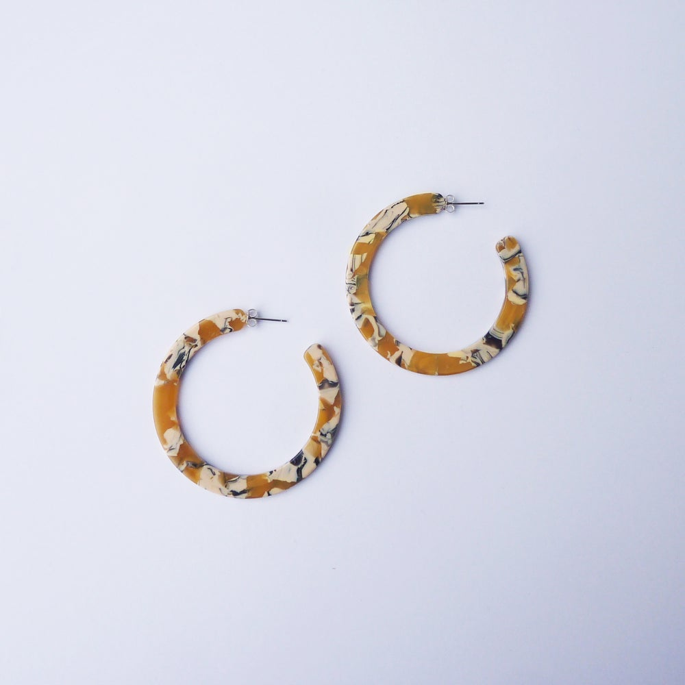 Image of *NEW* Saffron Hoop Earrings