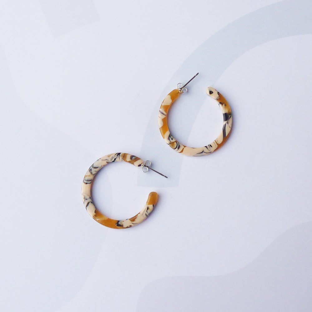 Image of *NEW* Saffron Slim Midi Hoop Earrings