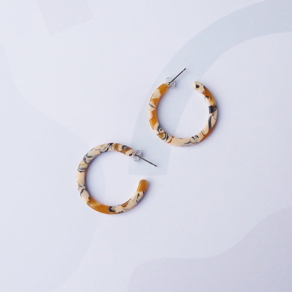 Image of *NEW* Saffron Slim Midi Hoop Earrings