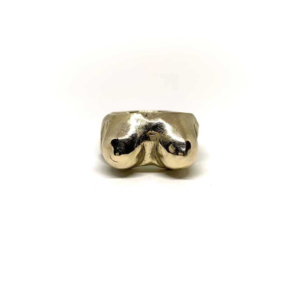 Boobs Ring