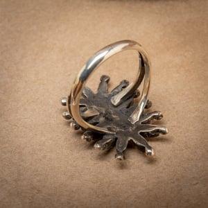 Image of Vintage Zuni Petit Point  Starburst Flower Ring Size 7