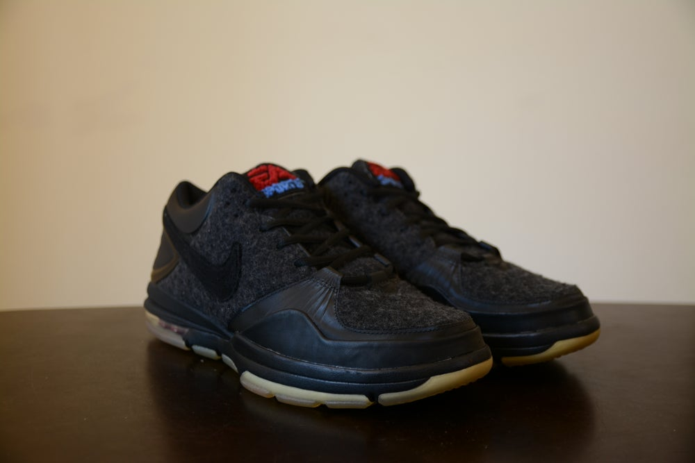 Image of New DS 2011 Nike Trainer 1.3 Mid EA Sports