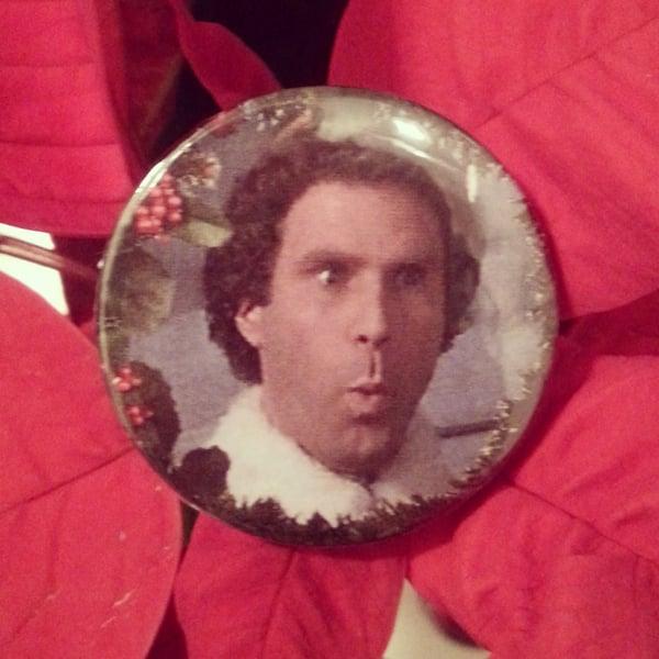 Image of badge elfe - elf - santa buddy