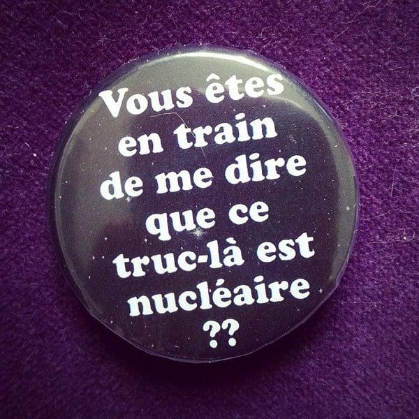 Image of badge retour vers le futur - back to the future - nucleaire