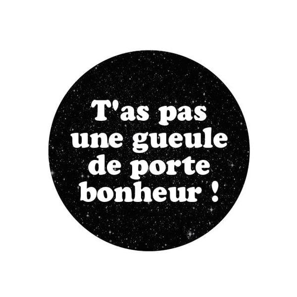 Image of badge predator - porte bonheur
