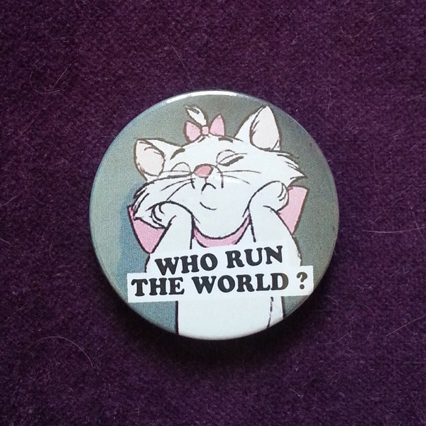 Image of badge les aristochats - the aristocats - marie