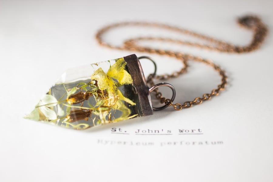 Image of St. John's Wort (Hypericum perforatum) - Small Copper Prism Necklace #1