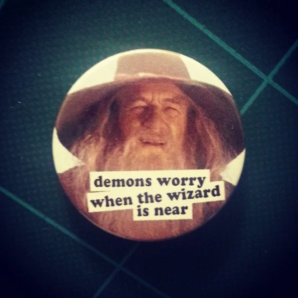 Image of badge le seigneur des anneaux - lord of the rings - gandalf