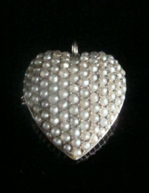 Image of VICTORIAN ORIGINAL 15CT HIGH CARAT SEED PEARL PUFF HEART PENDANT & BROOCH LARGE