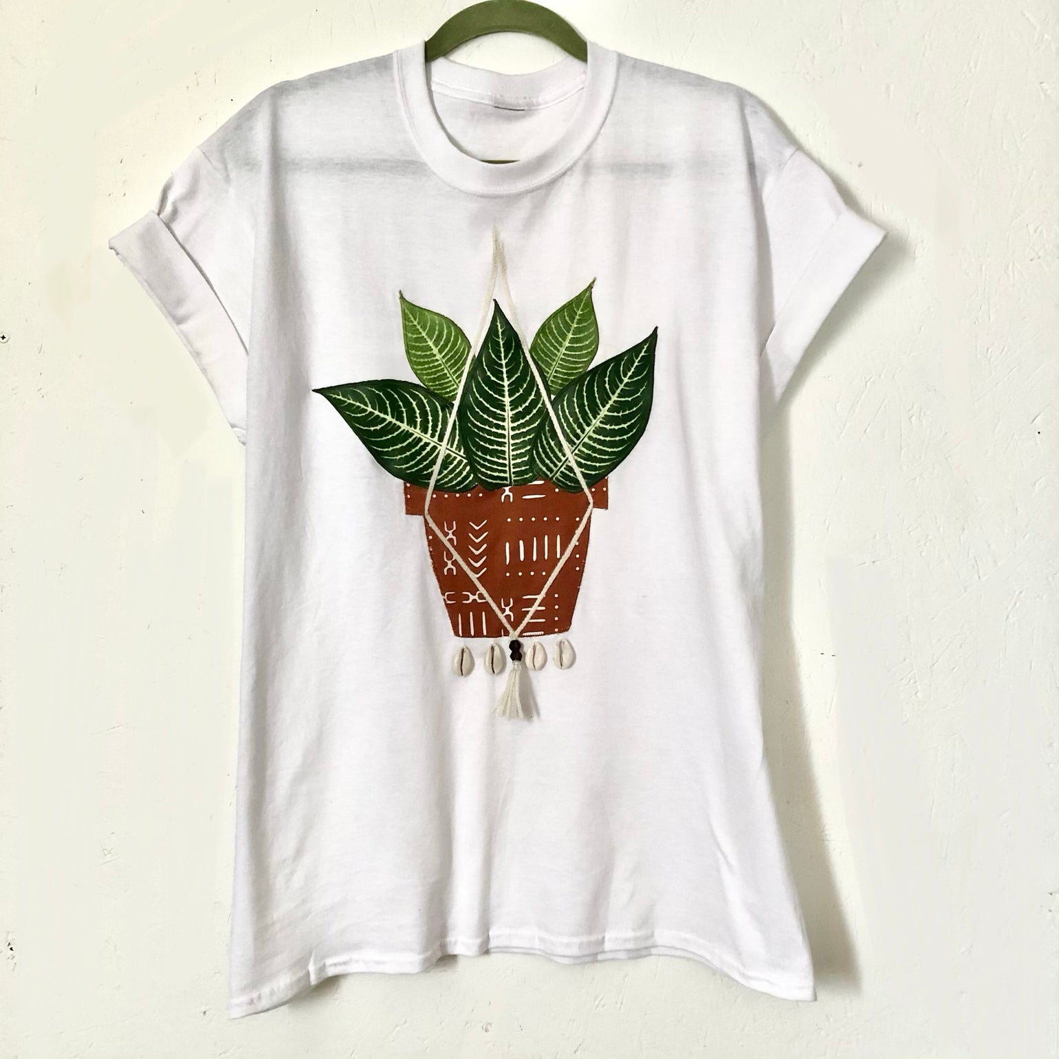 "Image of ""Still Growing"" Plant Tee"