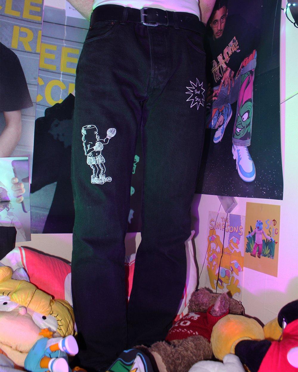 "Image of ""Survived the light"" embroidered denim jeans (Black)"