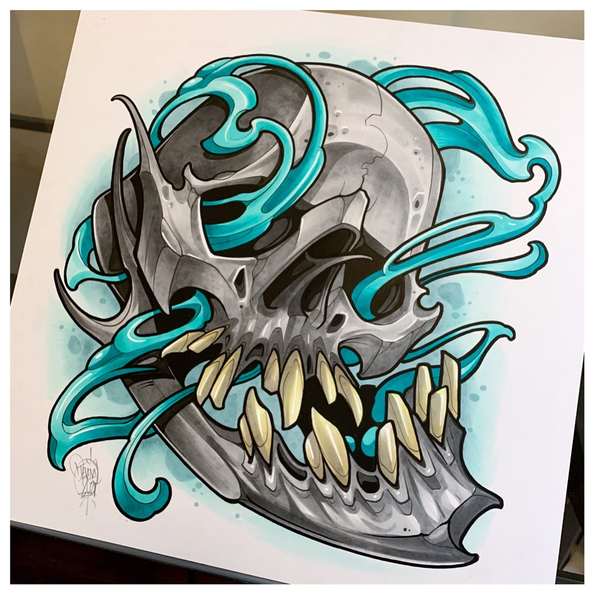 Image of Gray Skull with Teal Matter