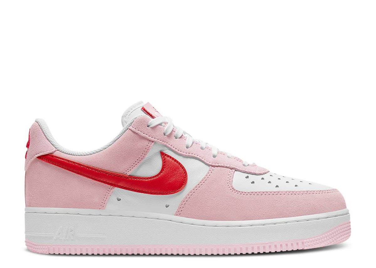 Image of NIKE AIR FORCE 1 '07 QS *VALENTINE'S DAY*