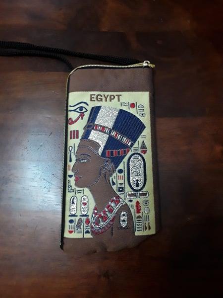 Image of Medium Nefertiti Pouch