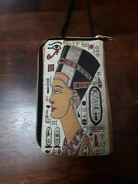 Image of Small Nefertiti Pouch