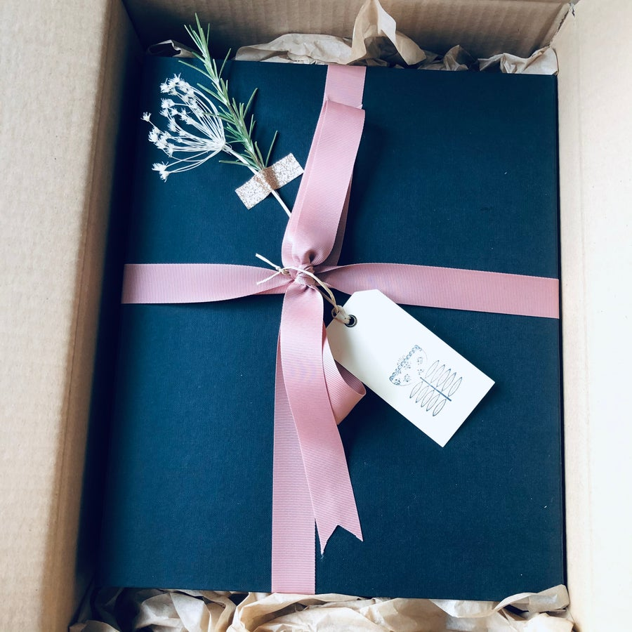 Image of Large Gift Box Service