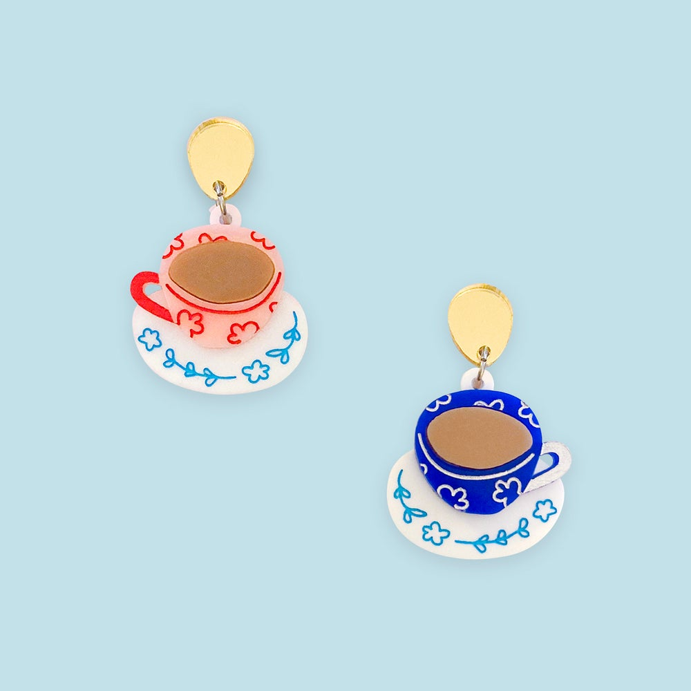 Image of Tea Cups (Mismatch)