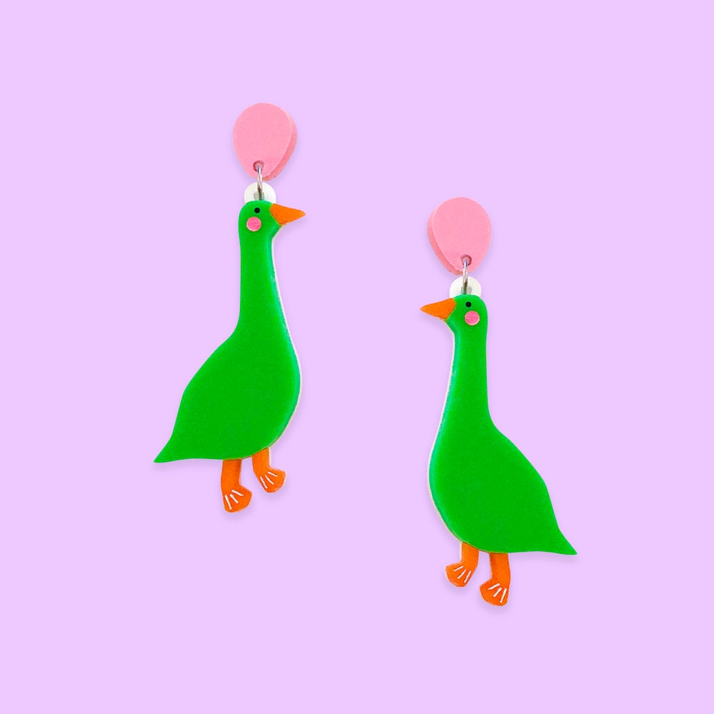 Image of Horatio (Grass Green/Candy Pink)