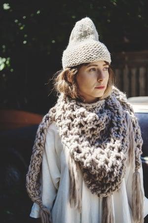 Image of Knitting Pattern - Belleville Shawl Wrap