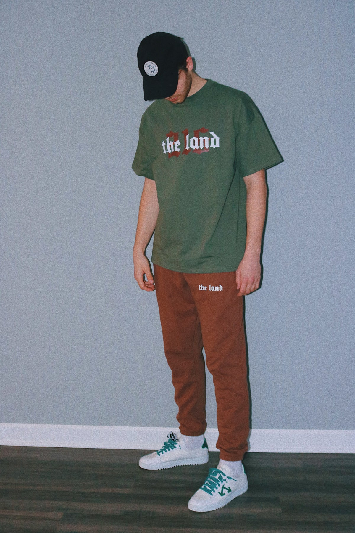 The Land 216 Collection Green T-shirt