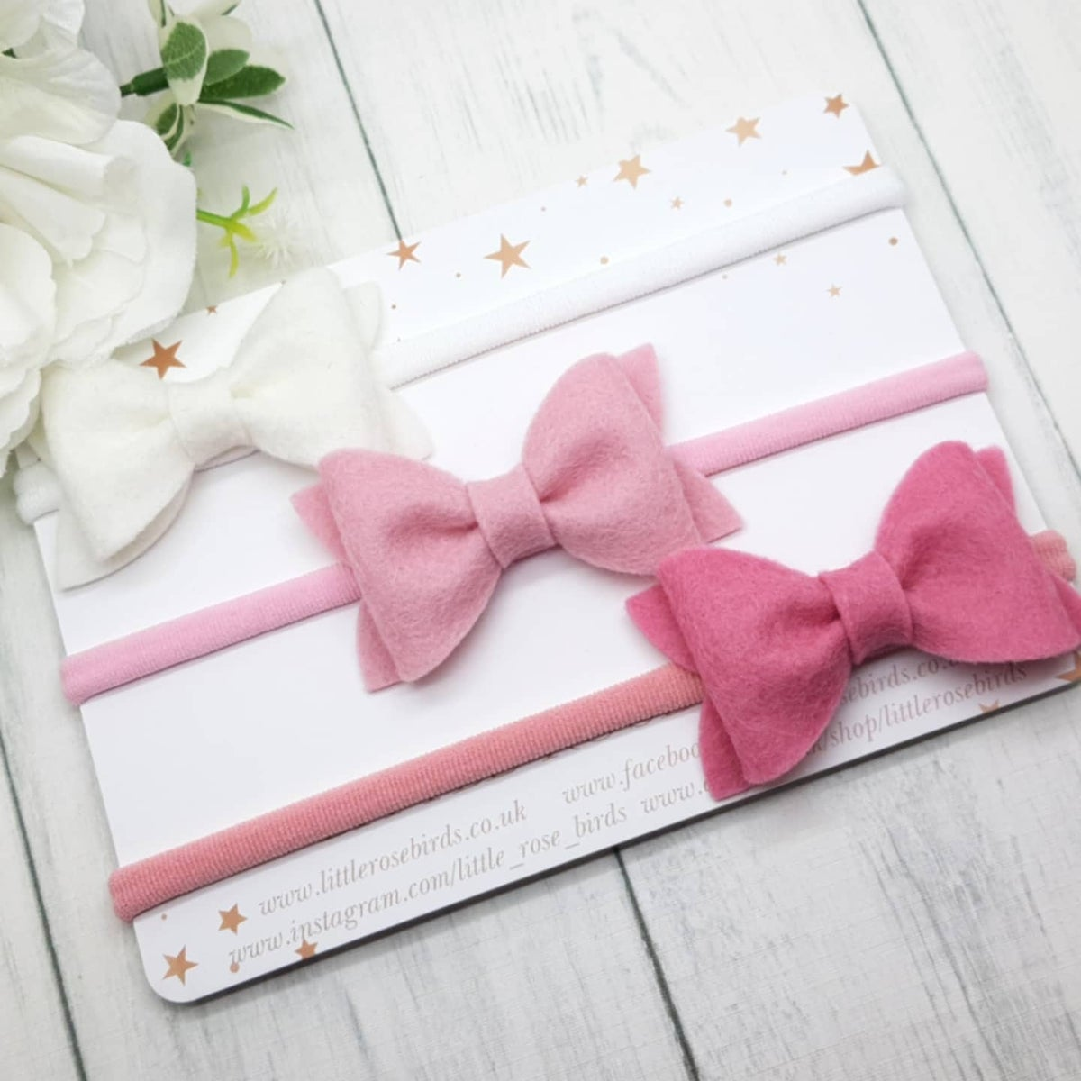Image of CHOOSE YOUR COLOUR - Small Pinch Bows