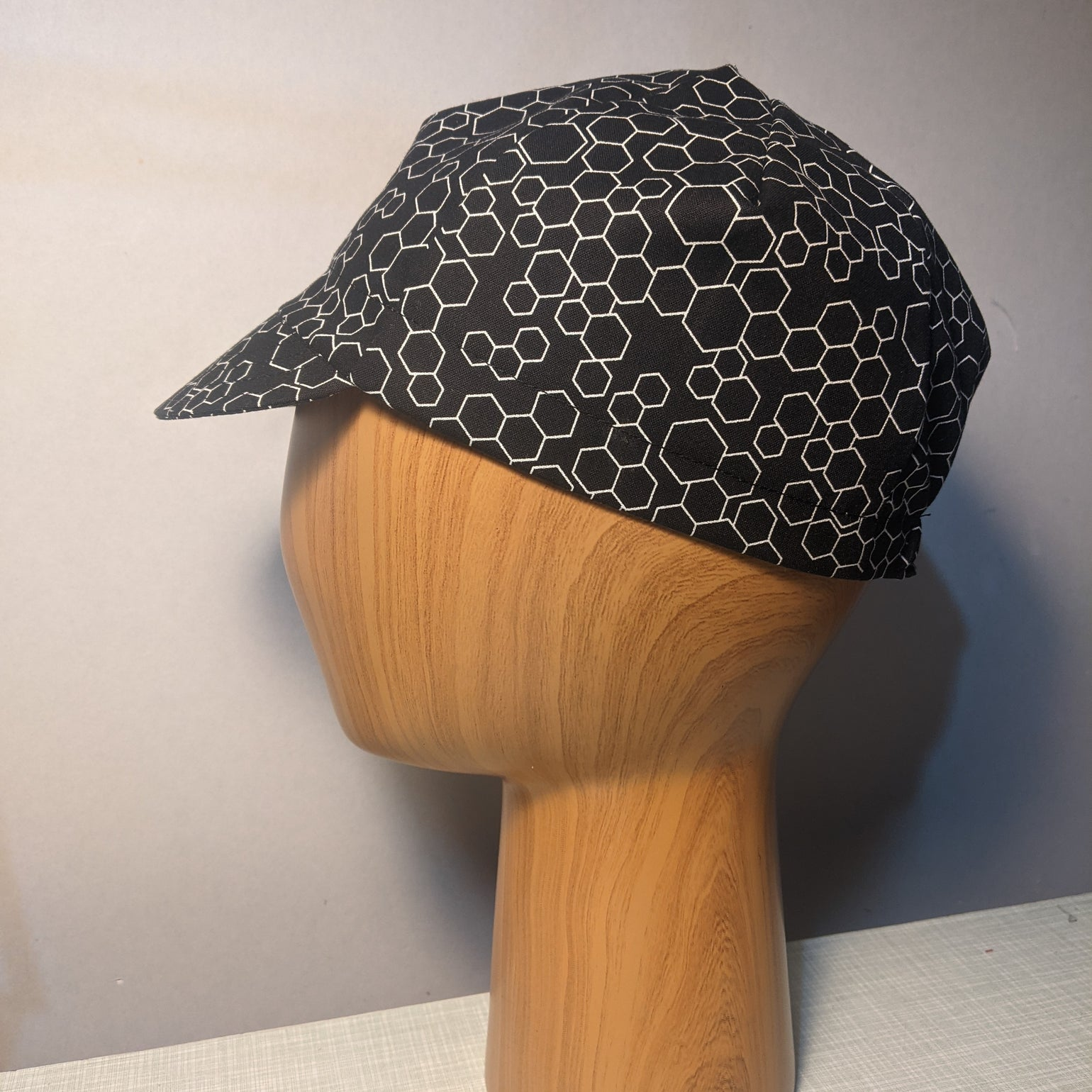 Image of Cotton cycling cap - black white honeycomb