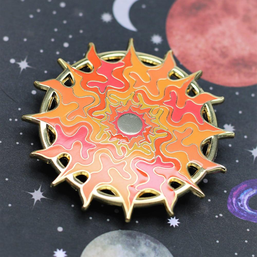 Image of Sun : Gold Pin