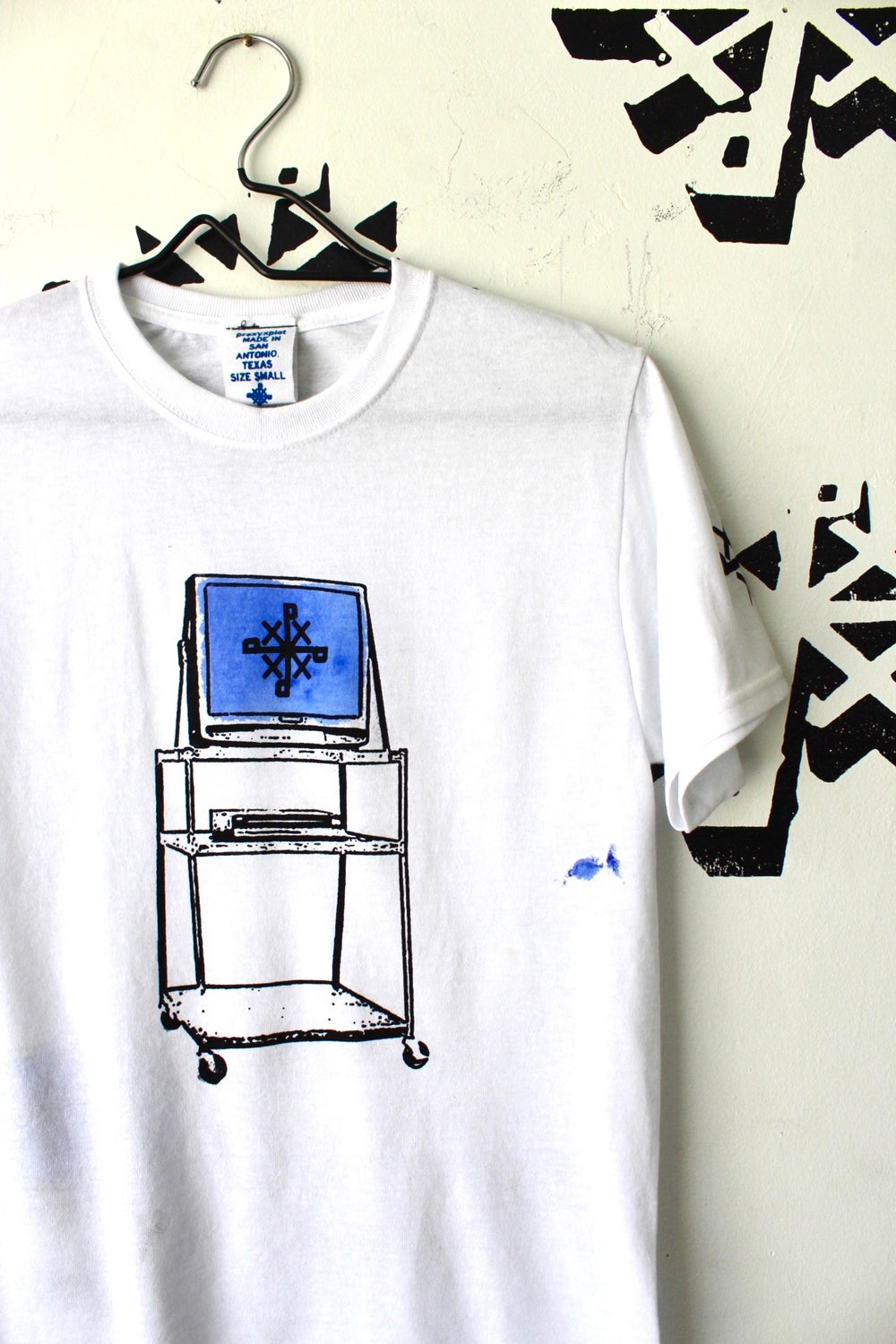 watch and learn tee in white