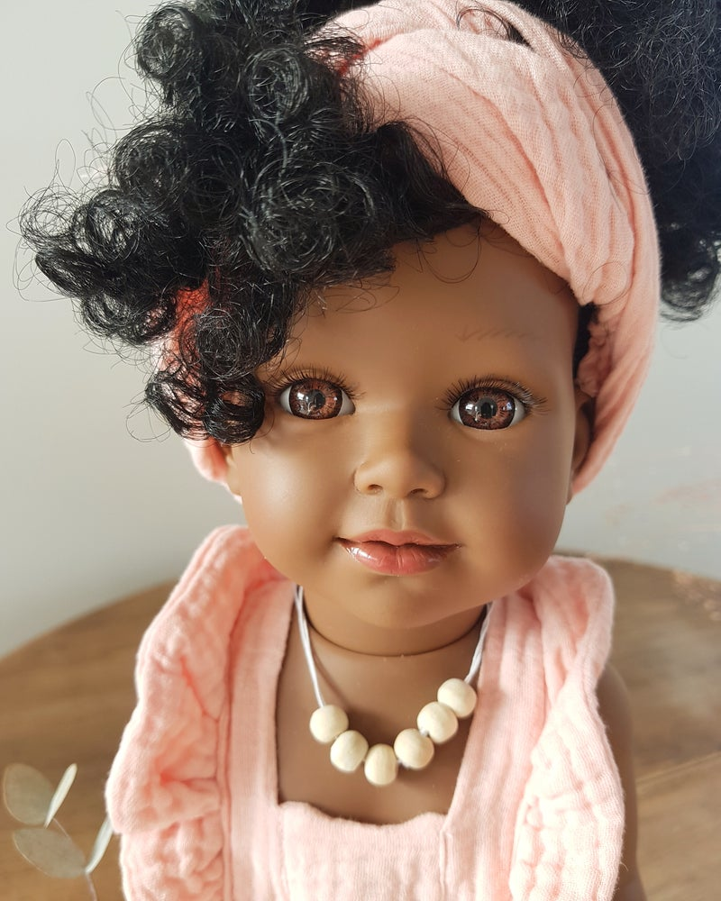 Image of POUPEE TYANA TENUE BOHEME - collection Joli monde