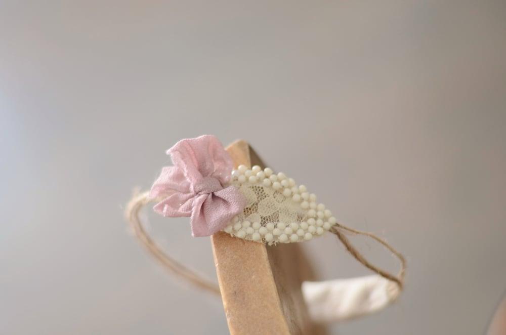 Image of True Vintage Leaf headband