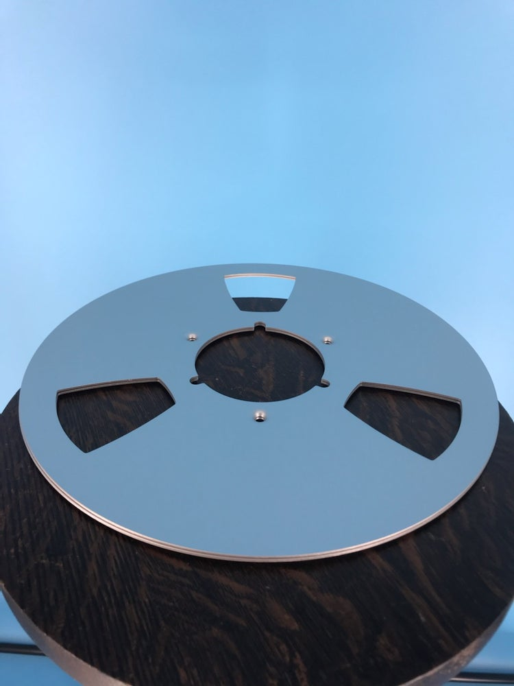 "Image of Burlington Recording 10.5"" SILVER Aluminum NAB Metal Flanges with 1/4"" Hardware"