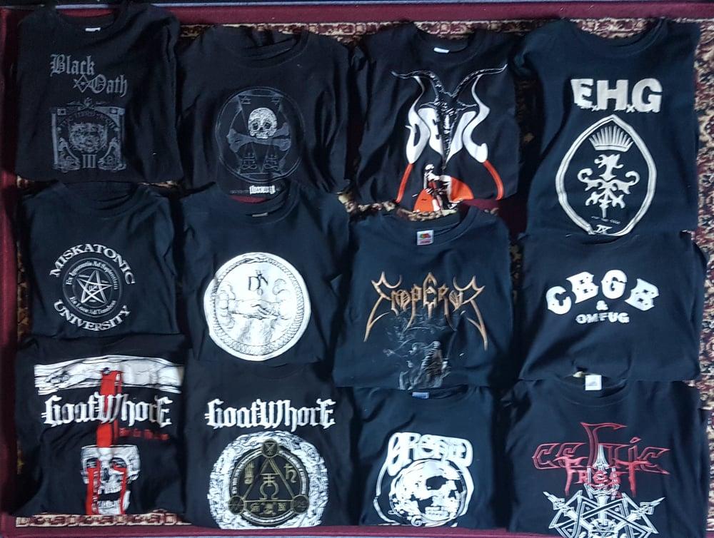 Metal Shirt Corner