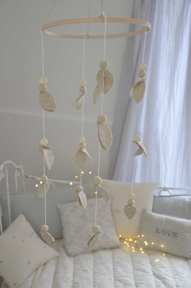 Image of Mobile décoratif feuillage beige grès