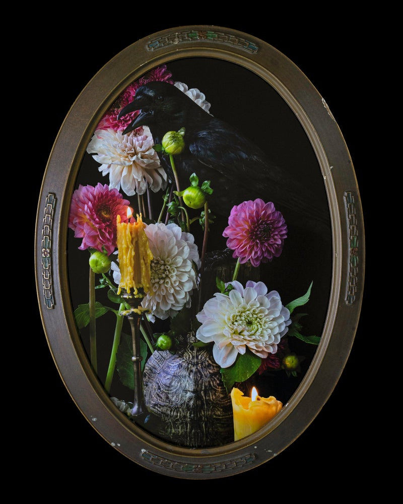 Image of 'SCEADUWE' in Antique Bubble Glass Frame