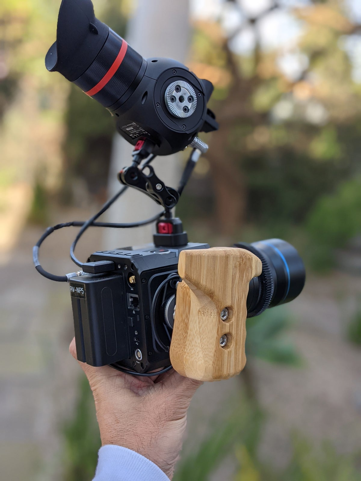 Image of CLUTCH camera remote handle