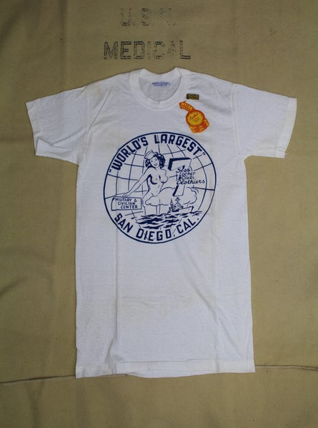 Image of 010LC - 1940's Seven Seas Locker Club USN US Navy T-shirt - Mint Cond. / Unworn