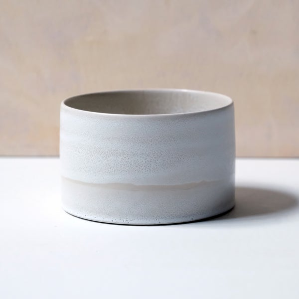Image of UNIKA CYLINDER BOWL IN FROSTY WHITE GLAZE