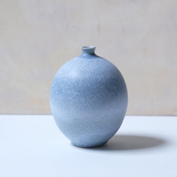 Image of MEDIUM BULB VASE IN FROSTED LIGHT BLUE GLAZE