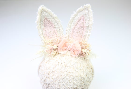 Image of Wired Sitter-Adult Boho Bunny Tieback - G