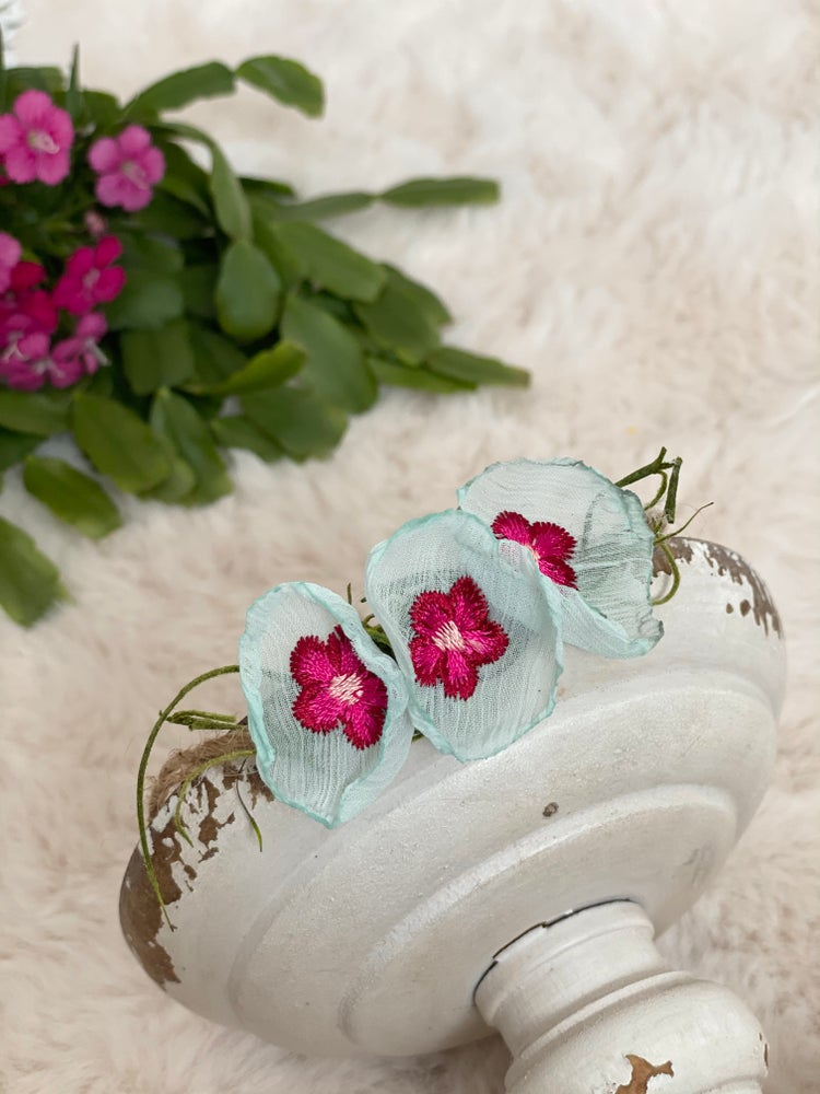 Image of 3 embroidery flowers halo