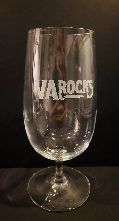 Image of VA ROCKS BEER GLASS