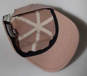 Image of Pink pinker.